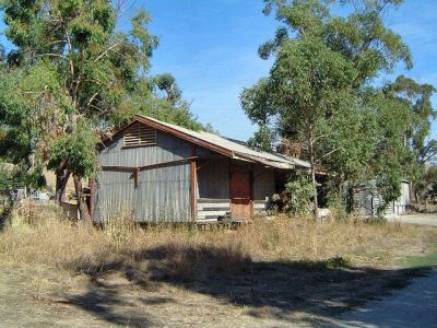 huongoodsshed.jpg